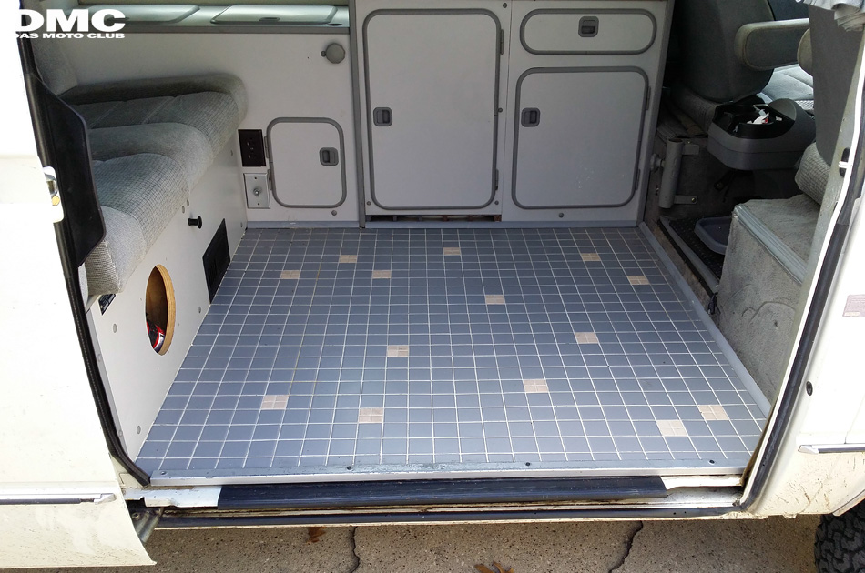 1987_vanagon_westfalia_floor-02