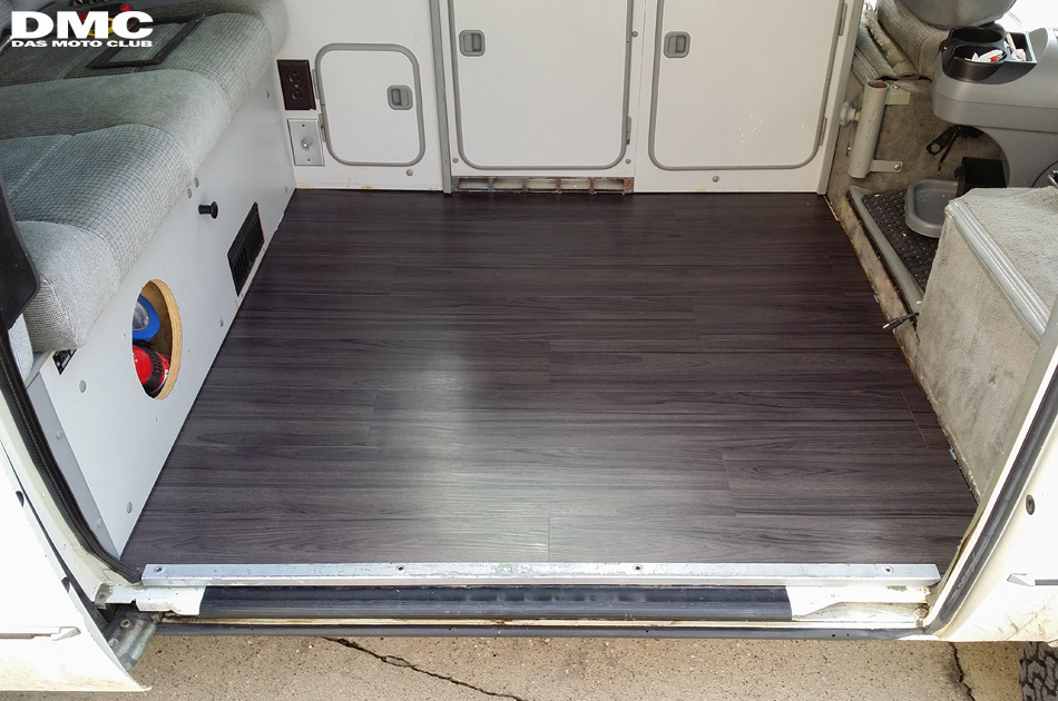 1987_vanagon_westfalia_floor-08