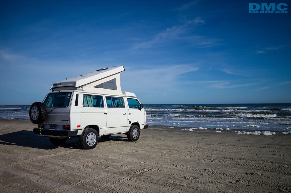 vw_vanagon_on_the_beach